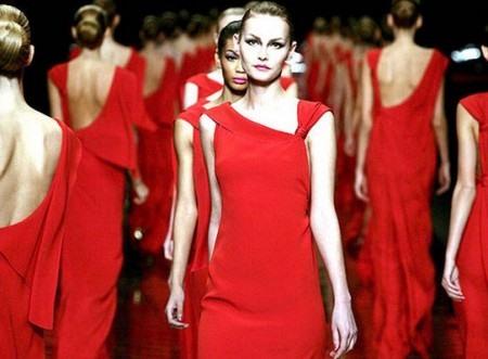 Красные платья от валентино